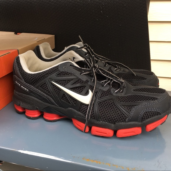 Nike Shox Junga